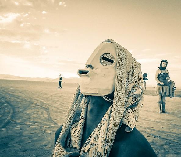 Trey-Ratcliff-Burning-Man-437-X2